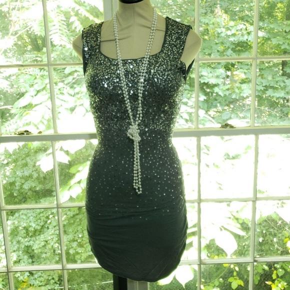 BCBG Dresses & Skirts - Women's BCBG Sequence Dress